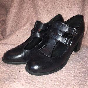 Girl MIA double buckle t-strap heel